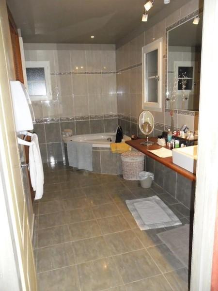 Salle de bain humide que faire que vous souhaitiez faire ou refaire votre s - Chambre humide que faire ...
